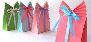 Anniversary Gifts For Ladies homemade wrapping paper gift bags