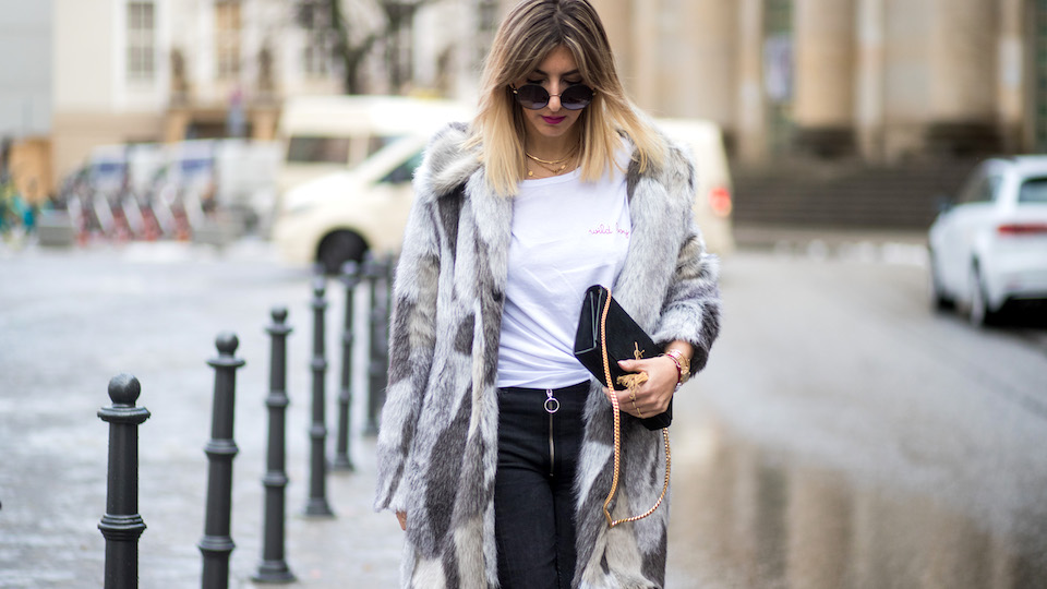 Learn How to Match the Right Handbag With Your Outfit